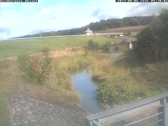 Link extern: Hochwasserrückhaltebecken Goldbergsee Ablauf